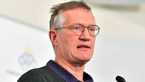 Ruotsin valtionepidemiologi Anders Tegnell. Ruotsin terveysviranomaisiin kohdistuva kritiikki kasvaa koko ajan.