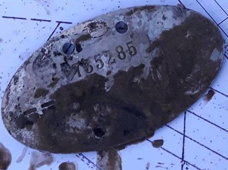 Kaivosta löytyi Aate Matias Hautamäen tuntolevy.