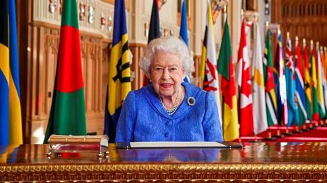 Kuningatar Elisabet kuvattiin Windsorin linnassa 5. maaliskuuta 2021.