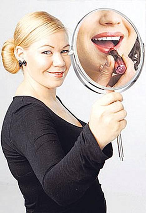 Marjo Pihlajaniemi on toimittaja ja kosmetologi. Hän vastaa lehdessä ja Internet-sivulla viikoittain lukijoiden kysymyksiin.