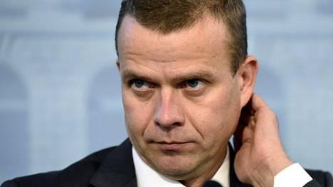 Sisäministeri Petteri Orpo (kok) kuvaa Ranskan tapahtumia järkyttäviksi.
