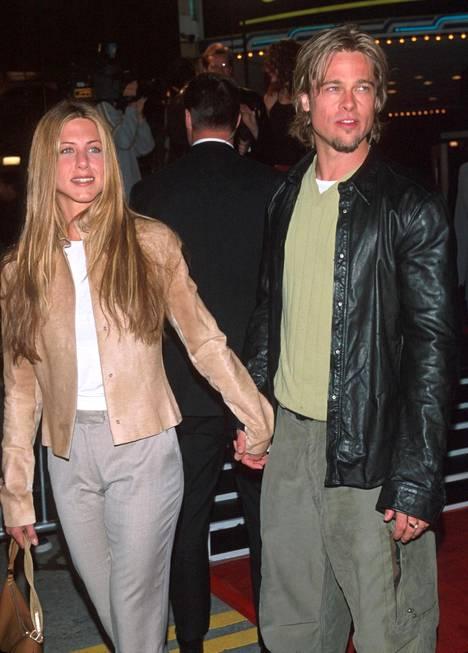 Vuonna 2000 Julia Robertsin tähdittämän Erin Brokovich -elokuvan ensi-illassa.
