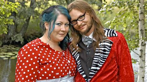 Minttu ja Janne Saarisen avioero on vireillä.