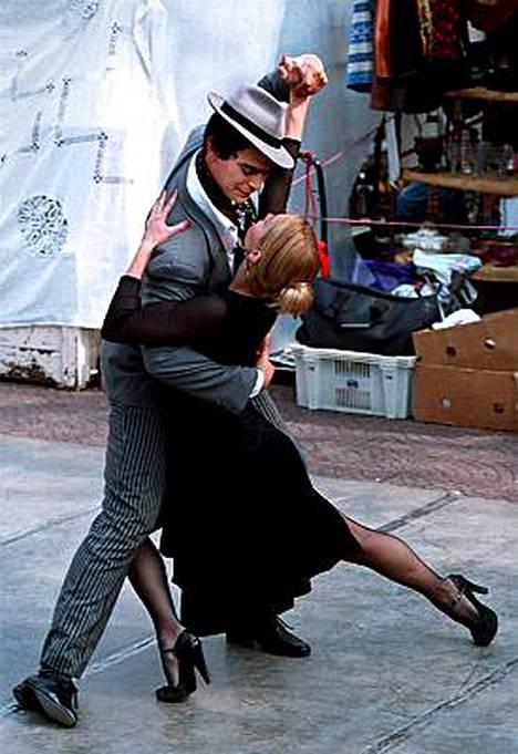 Buenos Aires taipuu tangon ohella jazziksi ja klubeiksi
