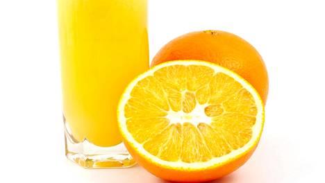 Uskomaton tieto – appelsiinimehu piristää lähes yhä paljon kuin kahvi