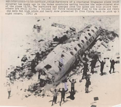 Uruguaylaista rugbyjoukkuetta kuljettanut lentokone syöksyi Andien vuoristoon vuonna 1972.