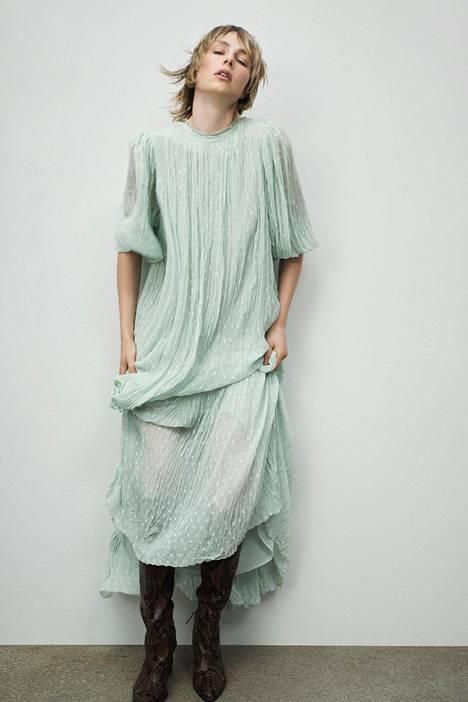 Mekko 59,95 €, Zara.