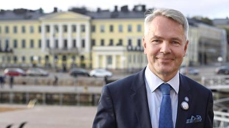 Pekka Haavisto osti 1,1 miljoonan euron kauppahinnalla talon Kulosaaresta vuonna 2012. Myyjänä oli Yhdysvaltain valtio.