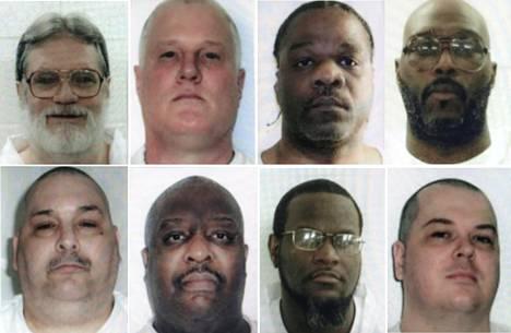 Arkansasissa oli tarkoitus teloittaa kahdeksan miestä 11 päivän sisällä. Nyt kahden heistä, Bruce Wardin (vas. ylh.) ja Jason McGeheen (alk. oik.) teloitusmääräysten toimeenpano on toistaiseksi keskeytetty.