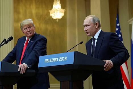 Presidentit Donald Trump ja Vladimir Putin kuuluisassa lehdistötilaisuudessaan Helsingissä heinäkuussa 2018.