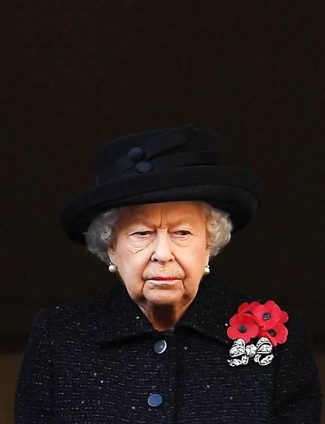 Kuningatar Elisabetin huhutaan jo tietävän, että prinssi Harry ja herttuatar Meghan eivät vietä joulua kuninkaallisen perheen kanssa.