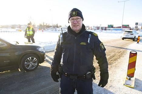 Ryhmänjohtaja Ulf Wallin Ruotsin poliisista ei paljasta rajalle siirrettyjen poliisien määrää.
