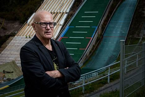 Jukka Härkösellä ei riitä sympatiaa matka-aikatauluja kriittisoinneille urheilijoille.