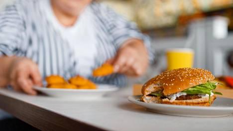 Ruokavalion yhteys maksan kuntoon ei ole tiedossa yhtä kuin alkoholin vaikutus maksaan.