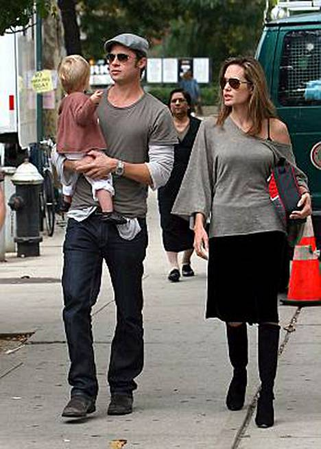Brad Pitt ja Angelina Jolie tulevat kuvatuksi myös silloin, kun liikkuvat kaupungilla vapaa-aikanaan.