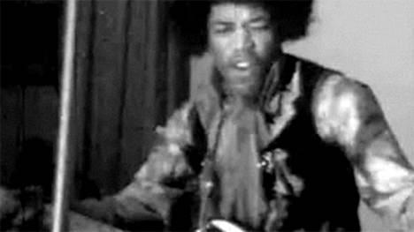 Helsingin Kulttuuritalolla nähtiin 22.5.1967 yksi konserttitalon merkittävimmistä esiintyjistä kautta talon historian, kun lavalle nousi kohtalaisen tuntematon yhtye Yhdysvalloista, The Jimi Hendrix Experience.