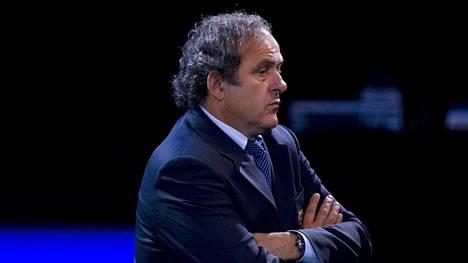 Michel Platini vaatii toimintakieltonsa purkamista.