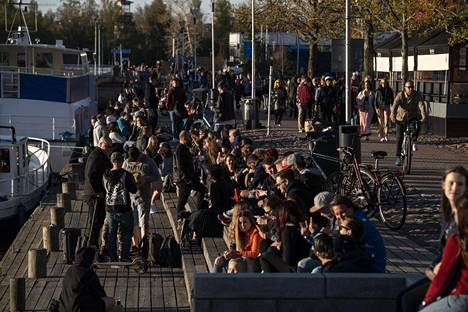 Oulussa poliisin suojiin päätyi perjantain ja lauantain osalta kuusi nuorta.