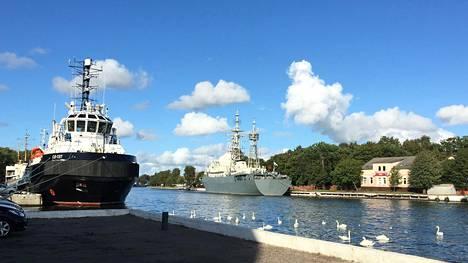 Suomalaiset pääsevät jo nyt elektronisella viisumilla Kaliningradin alueelle. Baltijsk (kuvassa) on Kaliningradin alueella sijaitseva Venäjän Itämeren laivaston tukikohtakaupunki, jossa ulkomaalaiset voivat vierailla vapaasti varsinaisen kaupungin alueella.