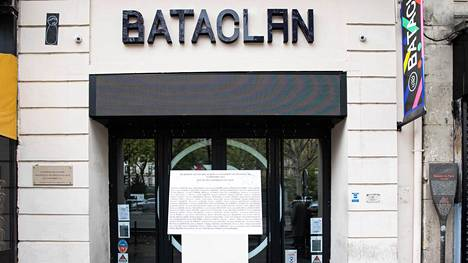 Pariisissa sijaitseva Bataclan-konserttisali, jossa terroristit tappoivat 130 ihmistä marraskuussa 2015. Terrori-iskuissa kuolleiden määrä on vähentynyt sen jälkeen viisi vuotta putkeen, kertoo tutkimus.