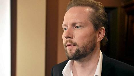 Professori Pekka Himanen Kestävän kasvun ja hyvinvoinnin foorumin lehdistötilaisuudessa Helsingissä 1. marraskuuta 2012.
