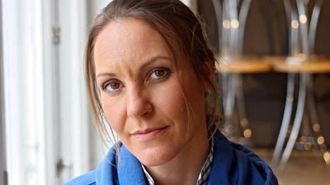 Vapaasukeltaja Johanna Nordblad viihtyy syvyyksissä.