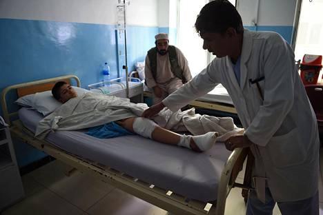 Sayed Rohullah, 14, selvisi iskusta hengissä.