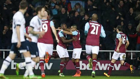West Ham kukisti Tottenhamin.