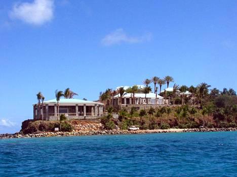 Epsteinin saaren kerrotaan olevan tarkasti vartioitu.