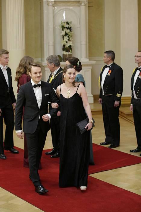 Marin ja Räikkönen menivät kihloihin vuonna 2017. Kuva kahden vuoden takaa Linnan juhlista.