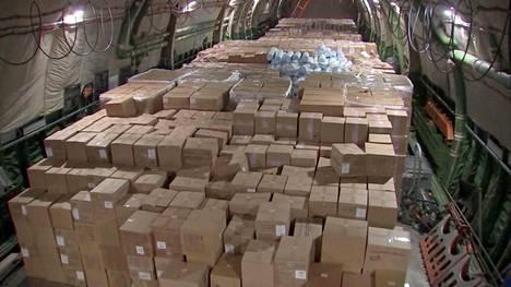Venäjä lähetti 1. huhtikuuta Yhdysvaltoihin lentokonelastillisen koronaviruspotilaiden hoitoon tarkoitettuja laitteita ja suojaimia. Mukana oli myös UPZ-tehtaan valmistamia hengityskoneita.