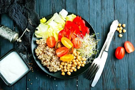 Esimerkiksi korkea verenpaine voi laskea, kun kasviksia käyttää runsaasti.