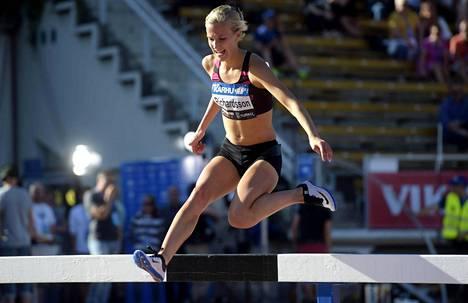 Camilla Richardsson on suomalaisten ykköstoivo naisten esteissä.