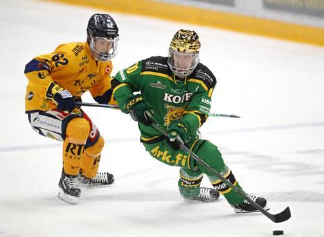 Moni olisi nähnyt Ilveksen kapteenin Eemeli Suomen (oik.) mielellään MM-kisoissa. Myös finaalijoukkue Lukon pelaajien puuttumista kisoista hämmästeltiin.