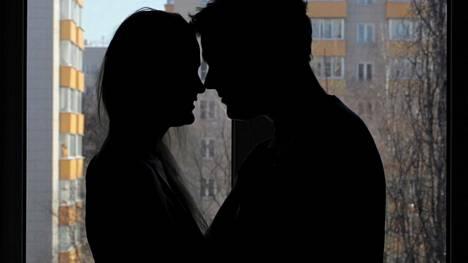 Seksihetki yksin tai yhdessä voi olla terveellinen pieni arjen pakohetki ahdistavaa tilannetta.