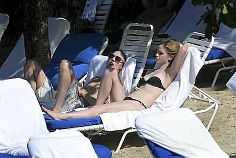 Emma Watson ja Jay Barrymoore Jamaikalla.