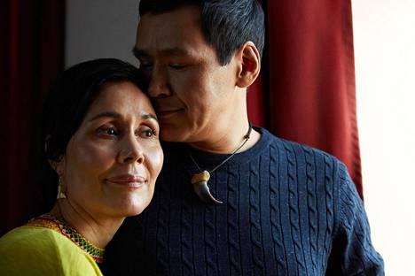 Grönlantilaista pariskuntaa näyttelee Nukaka Coster-Waldau ja Angunnguaq Larsen.