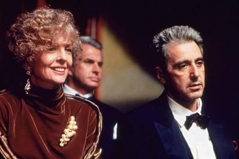Diane Keaton (Kay) ja Al Pacino (Michael Corleone).