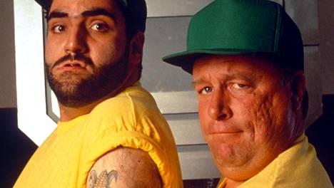 Kerry Shale ja Vincent Marcello (oikealla) tähdittivät yhdessä elokuvaa The Tomorrow People vuonna 1994.