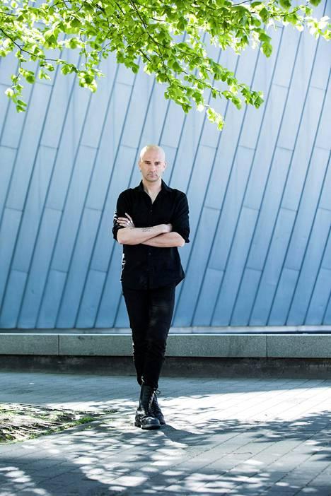 Herra Ylppö on luotsannut Maj Karma -yhtyettään 25 vuotta.