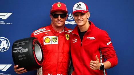Lehti: Tuoreen Ferrari-sopimuksen seuraus – Mick Schumacherista voi tulla Kimi Räikkösen tallitoveri Sauberille