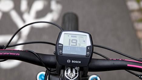 Liikenneturvan tutkimuksen mukaan vain 34 prosenttia suomalaisista osaa nykyiset pyöräilyä koskevat säädökset.