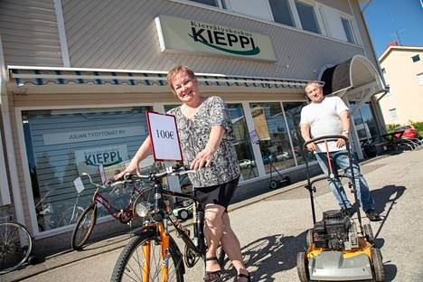 Työllisyyden hoitoon pitäisi kiinnittää entistä enemmän huomiota, Ritva Kurkinen ja Jouni Turunen sanovat.