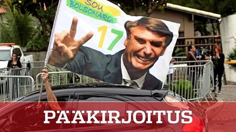 Jair Bolsonaron kannattajat juhlivat äärioikeistolaisen poliitikon valintaa Brasilian presidentiksi.