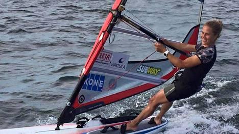 Tuuli Petäjä-Sirén on tutustunut tuleviin kisapaikkoihin jo ennakkoon. Kuvassa hän on Rion treenileirillä.