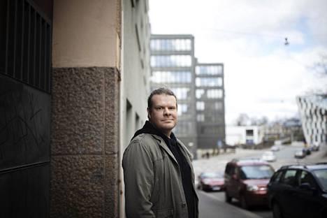 Tautiekologian tutkijatohtori Tuomas Aivelon mukaan Suomessa brittimuunnos on levinnyt nopeammin kuin esimerkiksi Tanskassa.