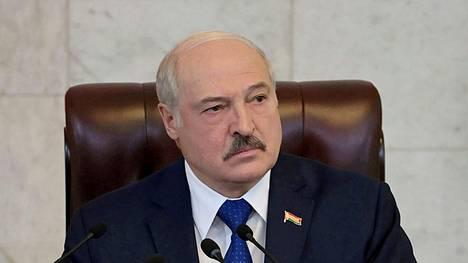 Aljaksandr Lukashenka pitää yhä tiukasti kiinni vallasta Valko-Venäjällä.
