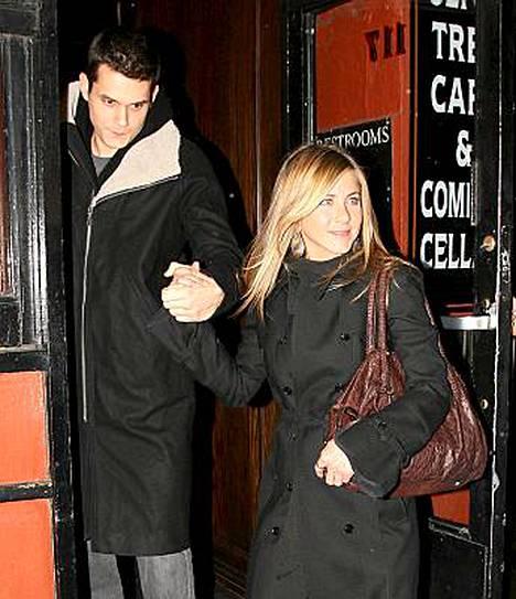 Jennifer Anistonin ja John Mayerin suhde on puhuttanut vuoden 2008 aikana.