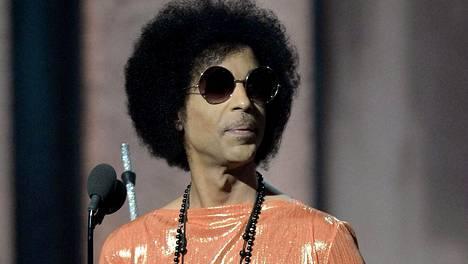 Prince kuvattuna reilu vuosi sitten.
