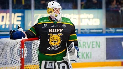 Ilveksen maalivahti Lukas Dostal on pelannut kaikki ottelut tamperelaisjoukkueen maalilla saapumisestaan lähtien.